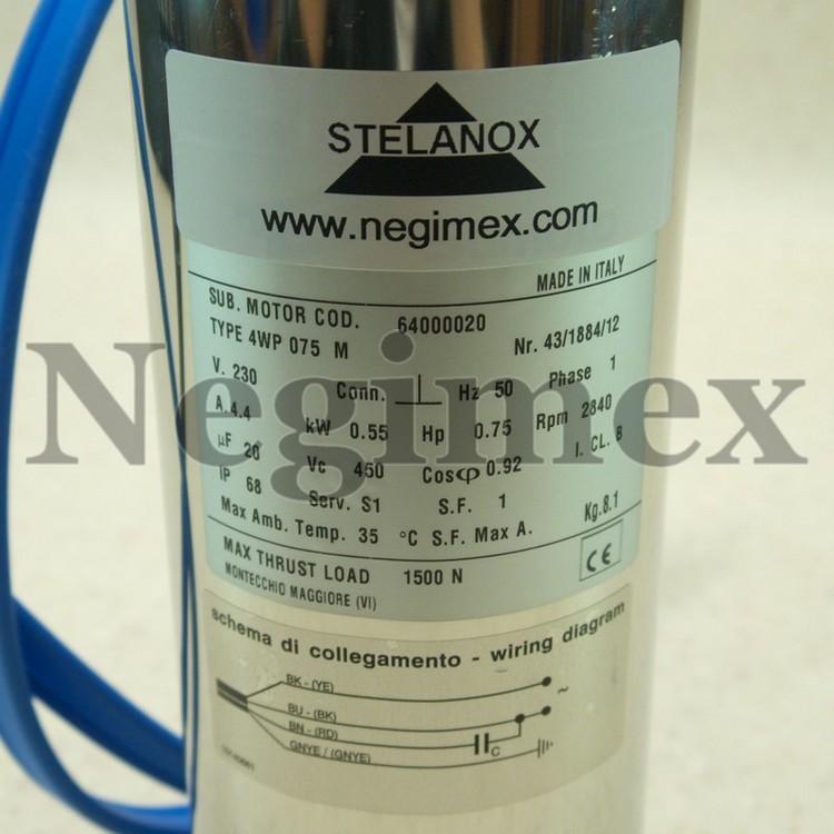 Moteur Stelanox pour pompe immergée - détail de la plaquette